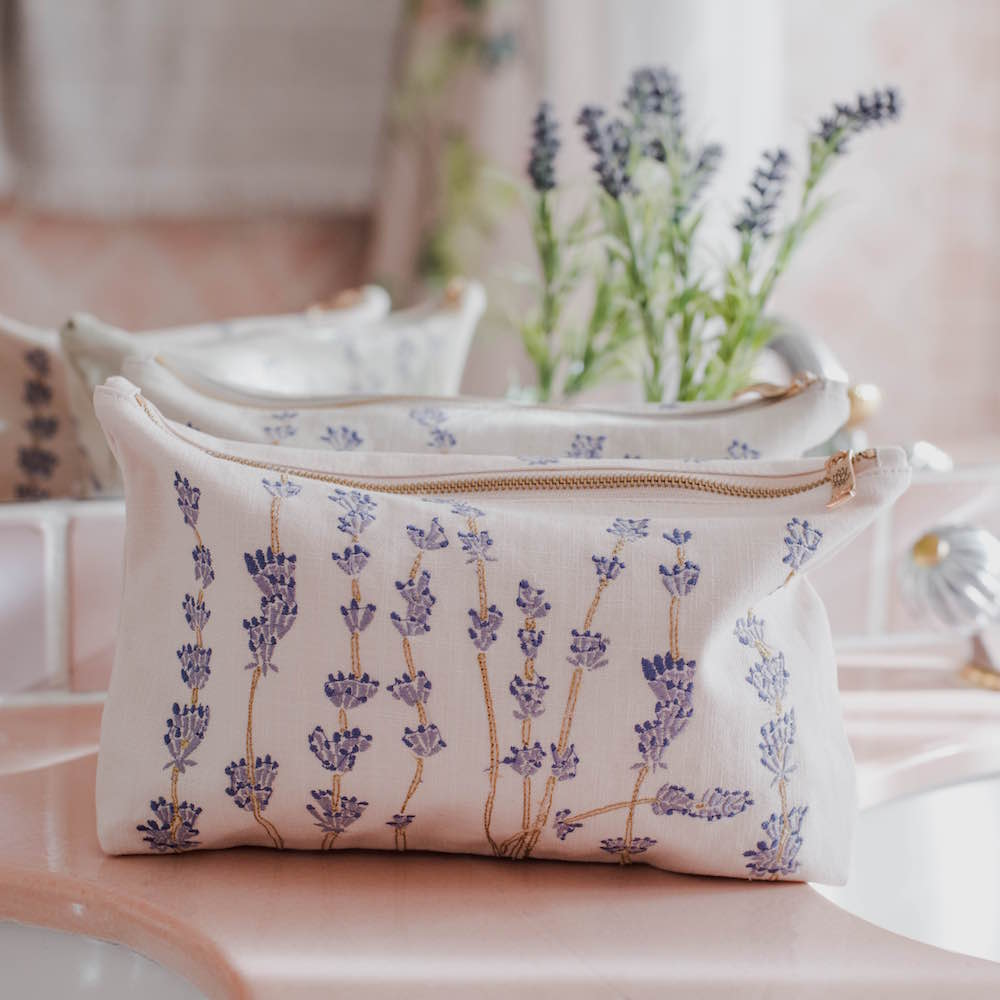 Elizabeth Scarlett Lavender Bathroom Wash Bag