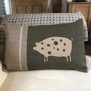 Helkatdesigns Pigs Cushion