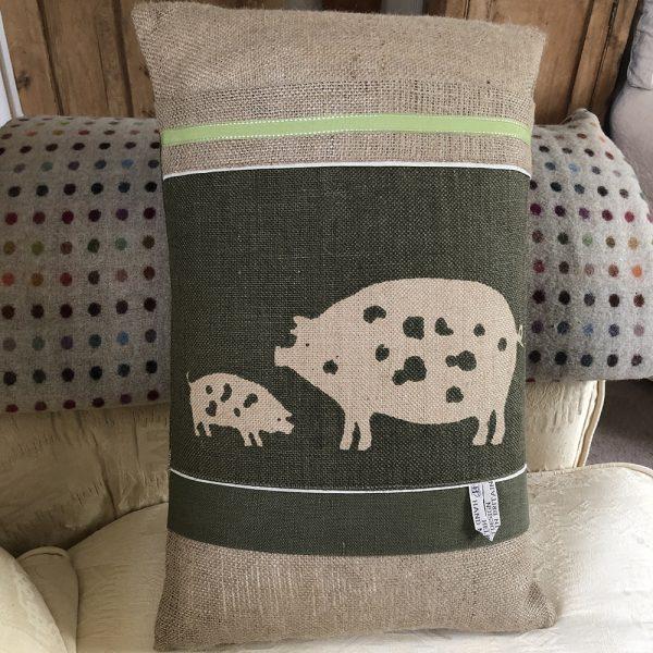 Helkatdesigns Pigs Cushion