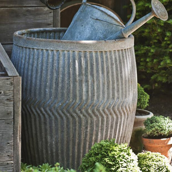 Polka Dot Pie Zig Zag Dolly Tub Vintage style galvanised - with galvanised water can.